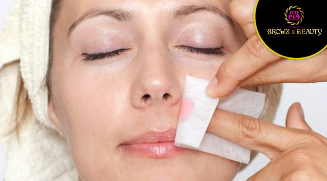 Ways to Safely Wax Your Facial Hair If You Are Doing It Yourself